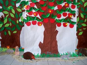 Scuola elementare di Filattiera: sfondo spettacoli
